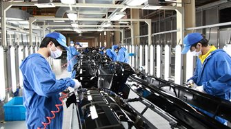 Efficient U.S. factories compete with Chinas cheap labor